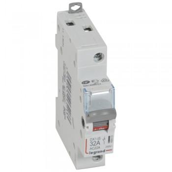 L406403 Выкл.разъед.DX3 1П 32A