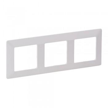 Рамка трехпостовая. Универсальный монтаж.